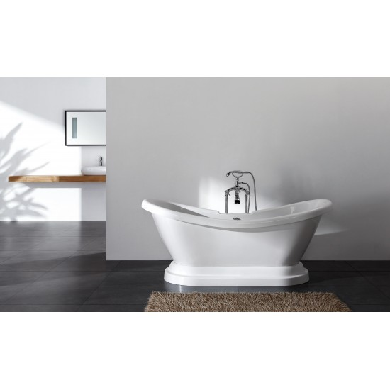Monarch Freestanding Bath